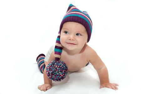 Шапки для детей с помпонами вязание 185