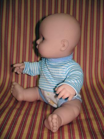 Мальчик играет со своей пипиской фото 147-613